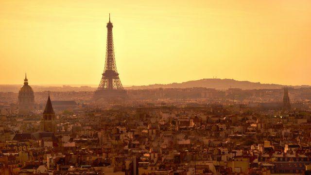 Виза в Париж : как получить, цены, сроки, документы