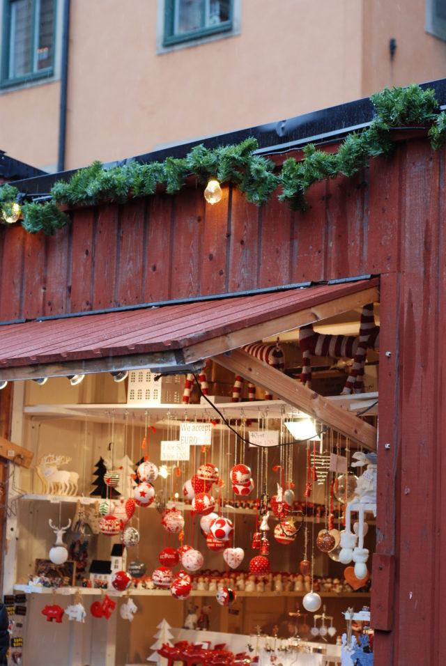 Рождественский базар в старом городе в Стокгольме