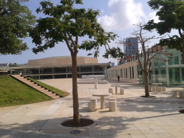 Один из корпусов тель-авивского университета